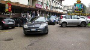 Rapina in farmacia con sequestro di persona: 2 arresti